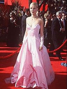 Pink ralph lauren dress of gwyneth paltrow
