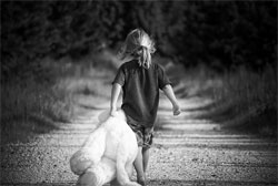 Natural-ways-to-clean-childrens-stuff