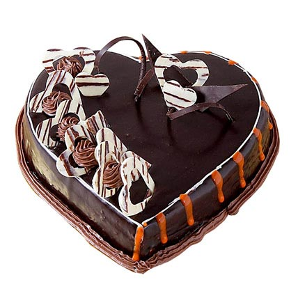Special Delicious Heart Shape Truffle Cake Half kg