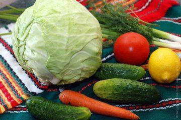Салат из огурцов капусты помидор