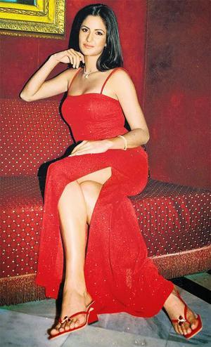 Katrina Kaif Milky Legs
