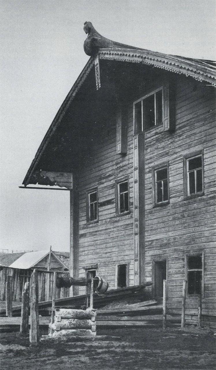 Дом середины XIX века в деревне Наволок. Северная Двина