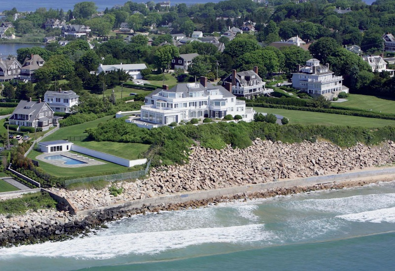 Taylor swift buys ri mansion