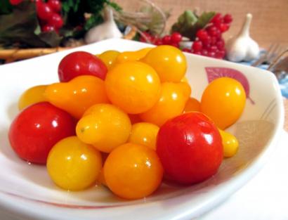 Заготовки из помидор черри без уксуса