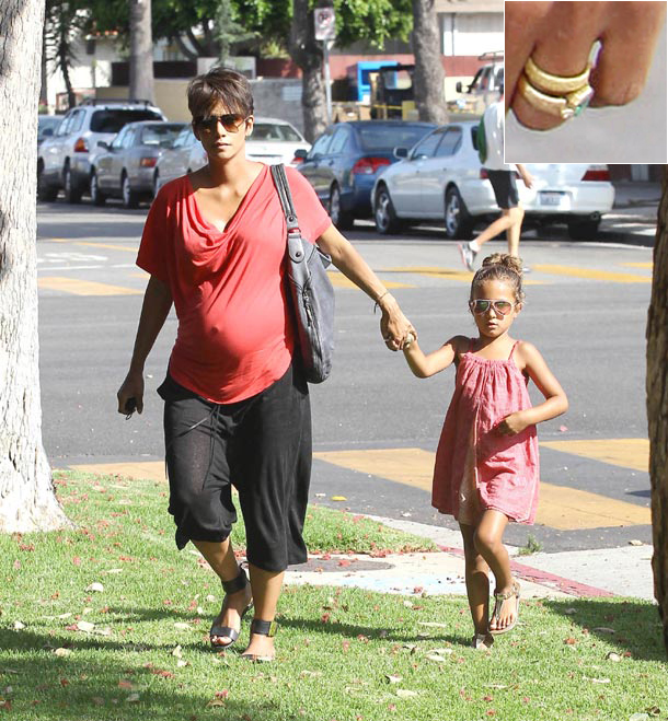Halle berry new baby pictures 2013