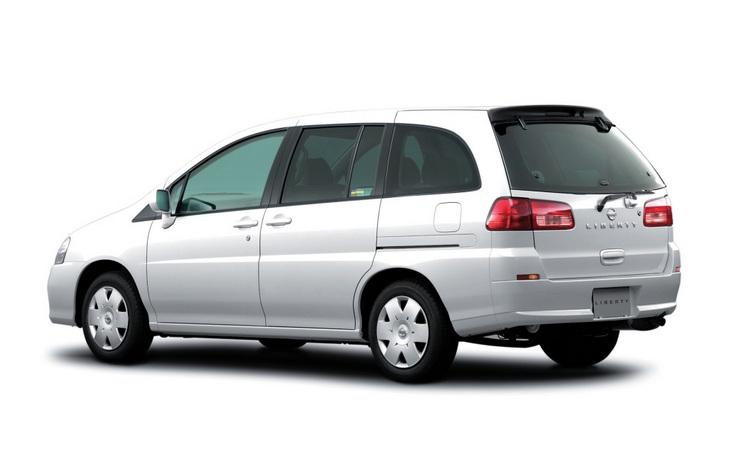 Минивэн Nissan Libery (M12), 1998–2004