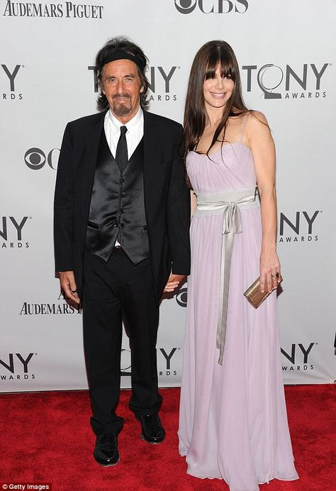 Who is al pacino married to