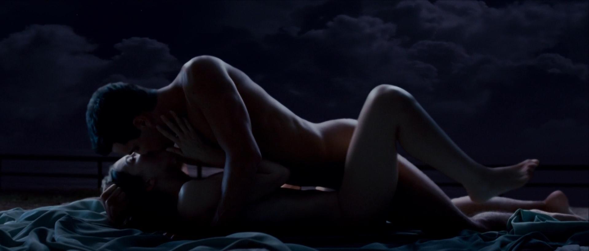 Maria Valverde nude - Tres metros sobre el cielo (2010)