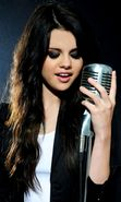 Скачать бесплатно картинку 20626: Артисты, Девушки, Селена Гомес (Selena Gomez), Люди, Музыка на телефон. Скачать заставки, картинки, обои на телефон бесплатно.