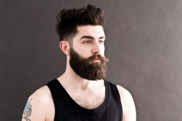 густая борода и усы