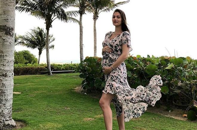 Анастасия Шубская беременна