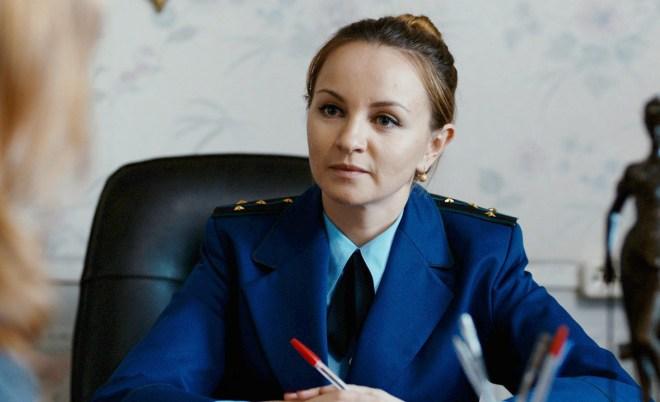 Ольга Литвинова в фильме «Безопасность»