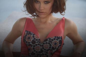 Виктория Бекхэм ( Victoria Beckham), фотограф Грег Виллямс (Greg Williams), журнал Madame Figaro