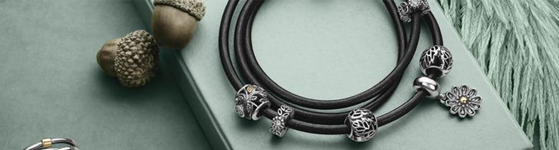 С каким браслетом носить шармы