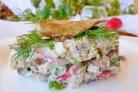 Салат со шпротами и яйцами