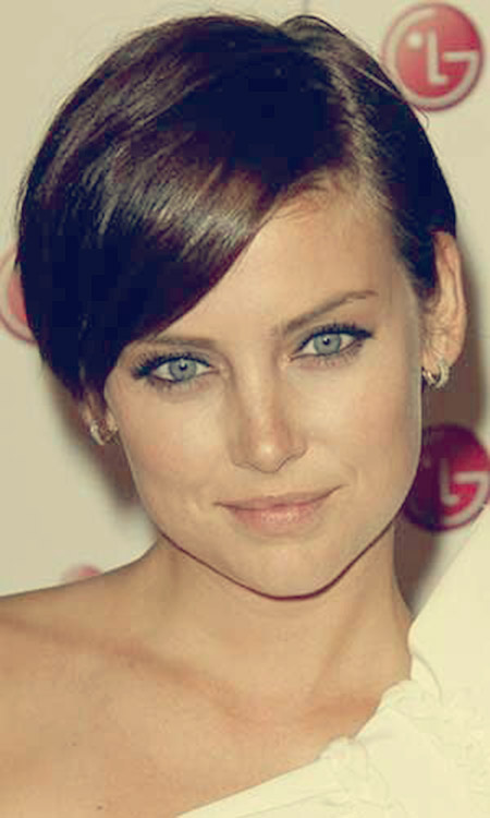 Awesome Pixie Cut with Side-swept Bangs