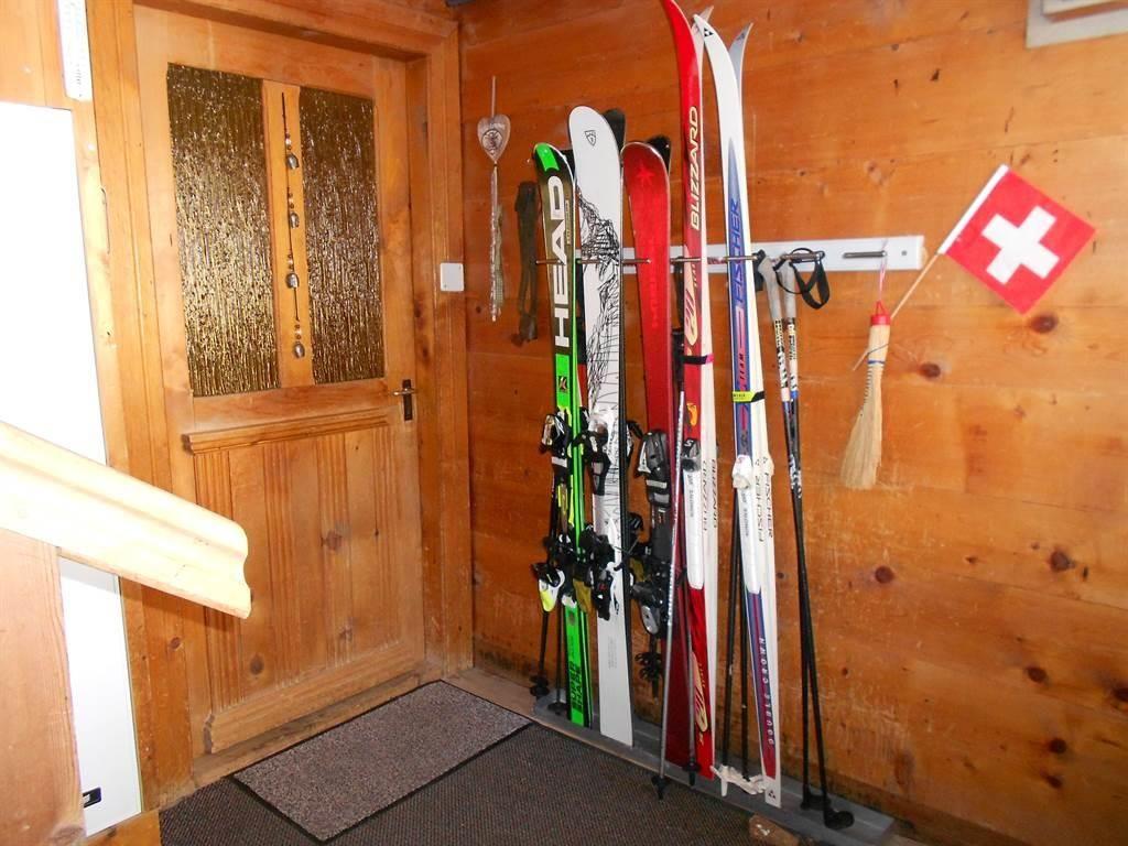 Abstellraum für Skier