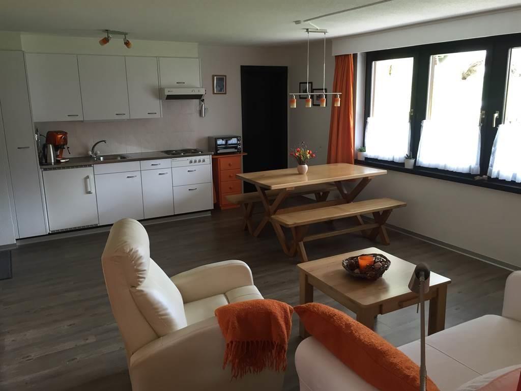 Küche und Sitzecke