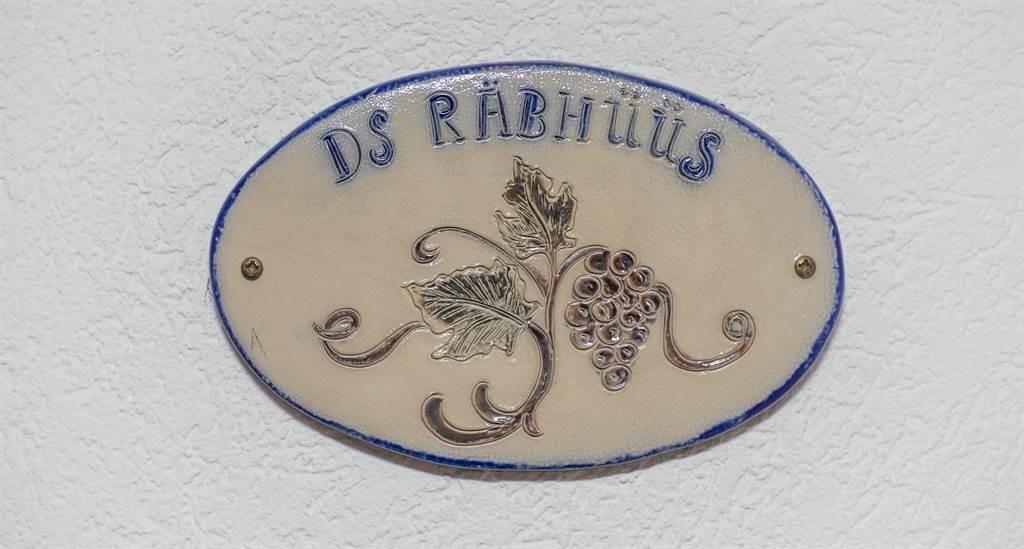 Namensschild Familienzimmer Deluxe Räbhüüs