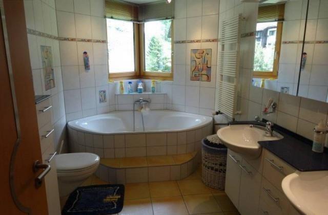 Schoene 6.5 Zimmer-Wohnung in Saas-Almagell(3)