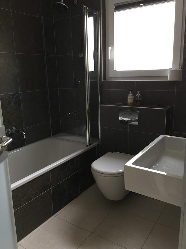Bath Masterbedroom