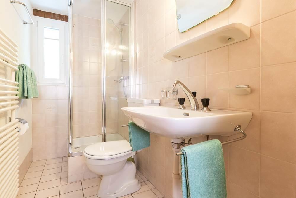 WC-Dusch