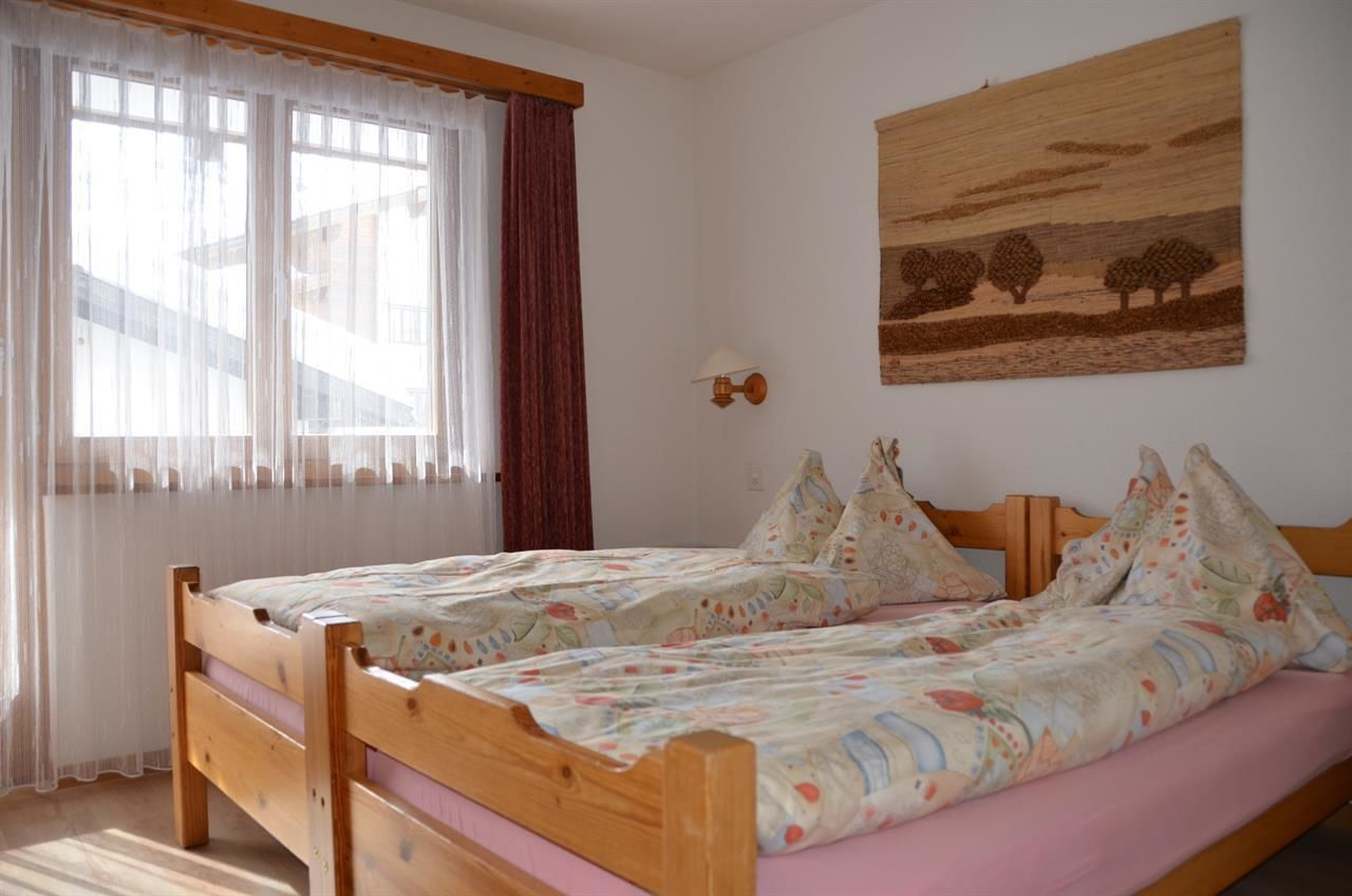 Schlafzimmer 2 Bett
