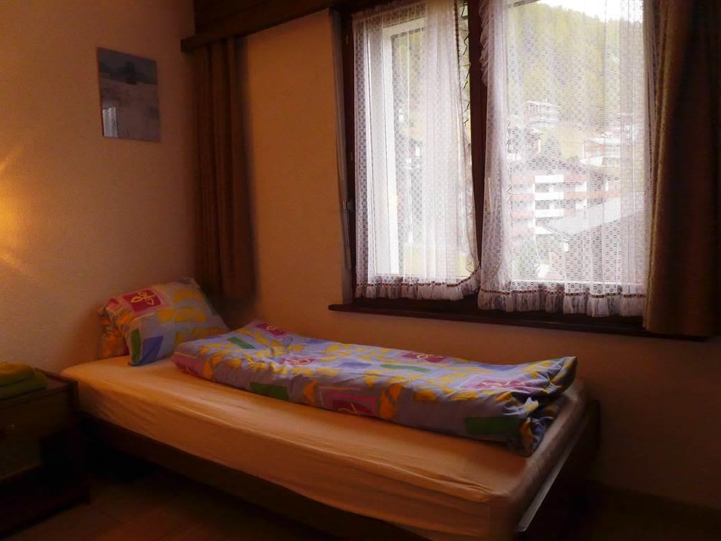 Zimmer 2 Bett