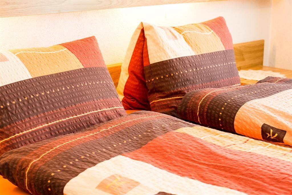 Schlafzimmer Mitte, andere Perspektive