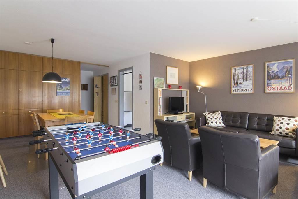 Wohnzimmer mit Tischfussball