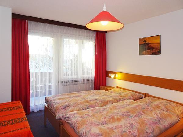1. Stock / Schlafzimmer mit Westbalkon