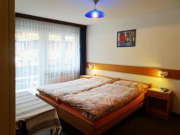 3. Stock / Schlafzimmer mit Westbalkon