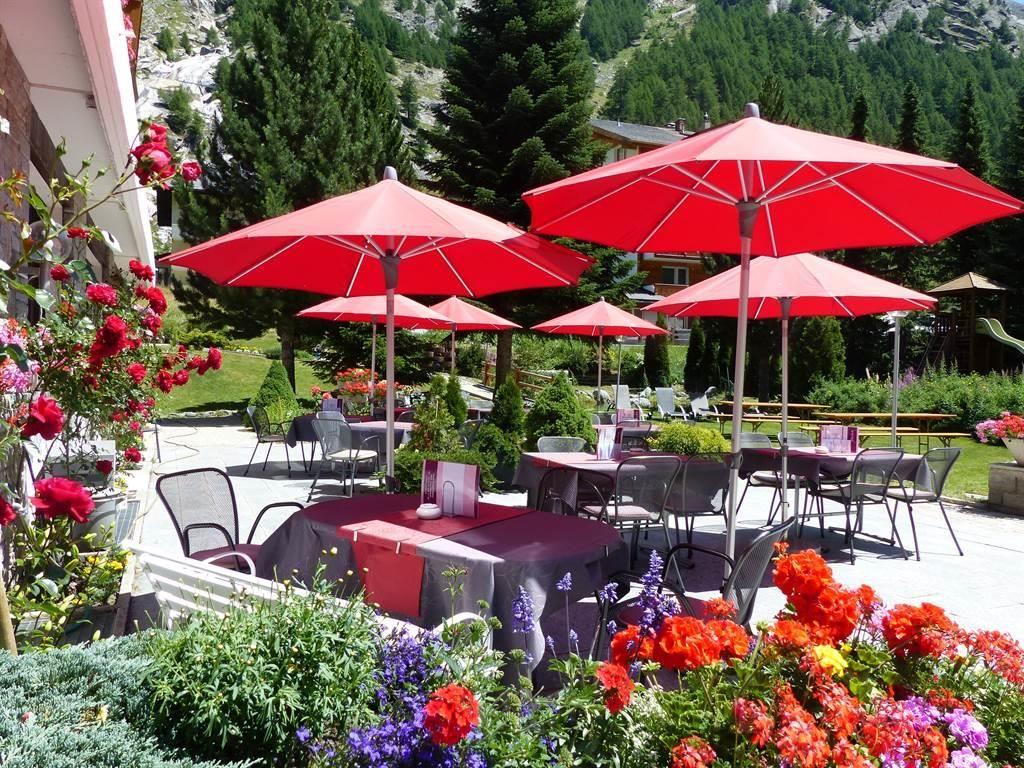 Gartenterrasse benachbarten Hotel Kristall-Saphir