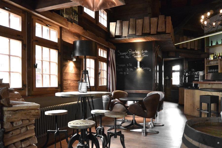 Restaurant Skihütte mit Bar