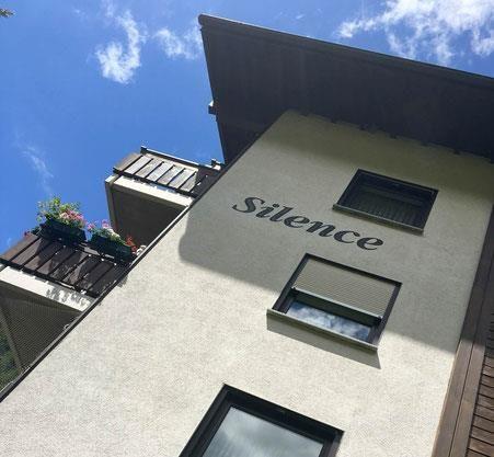 silence sicht quer