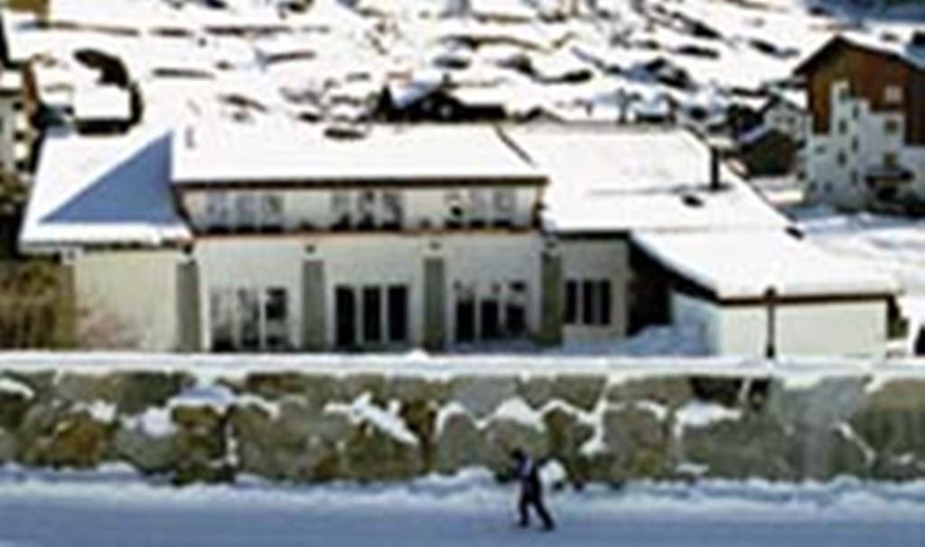 Haus River-Side Winter