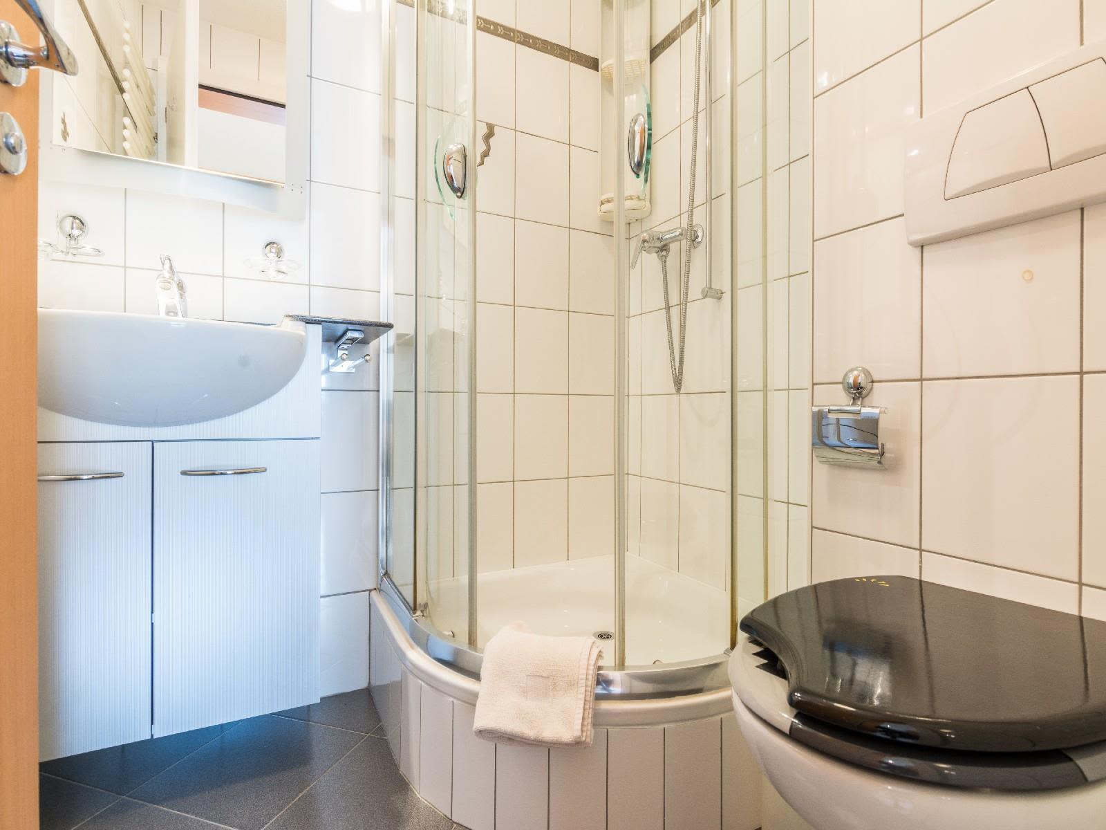 7.2 WC Dusche