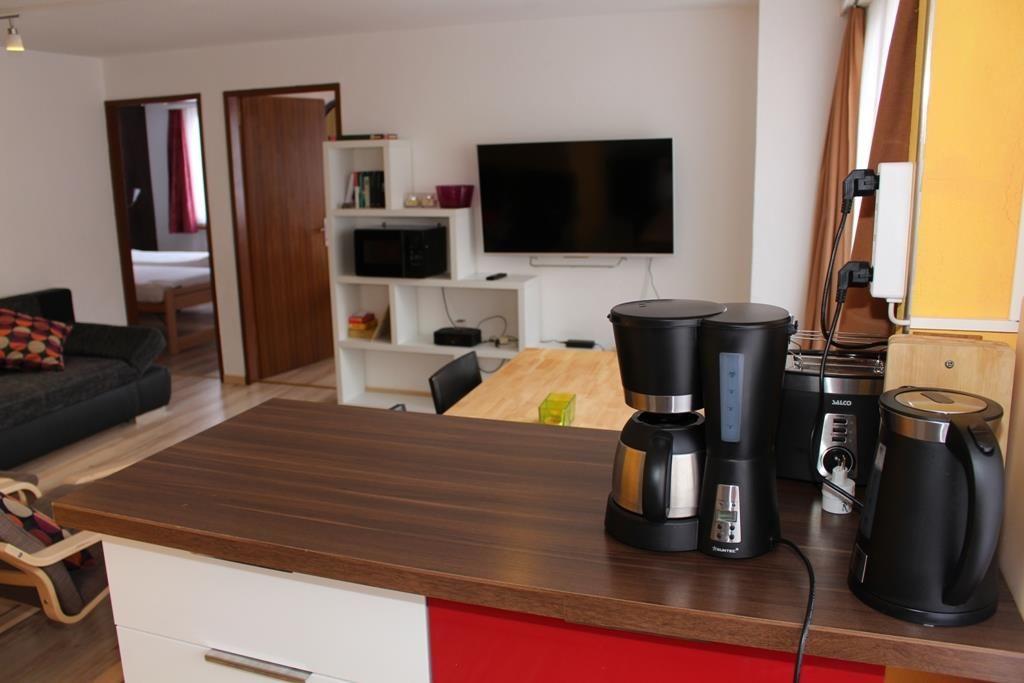 Küche Richtung Wohnbereich (Nr.5)