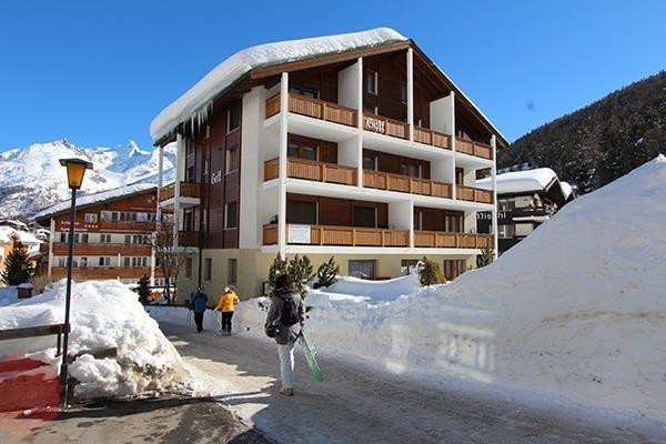Aussenaufnahme Ferienhaus-Apartment Golf Saas-Fee
