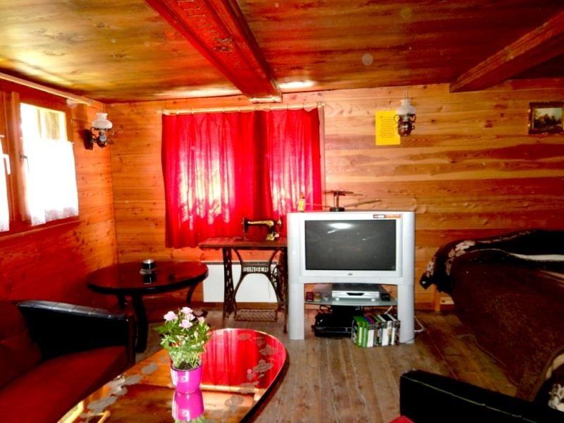 Wohnzimmer mit TV