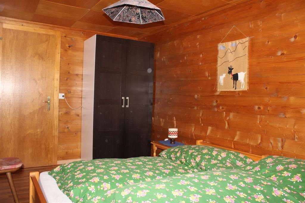 Schlafzimmer 3b