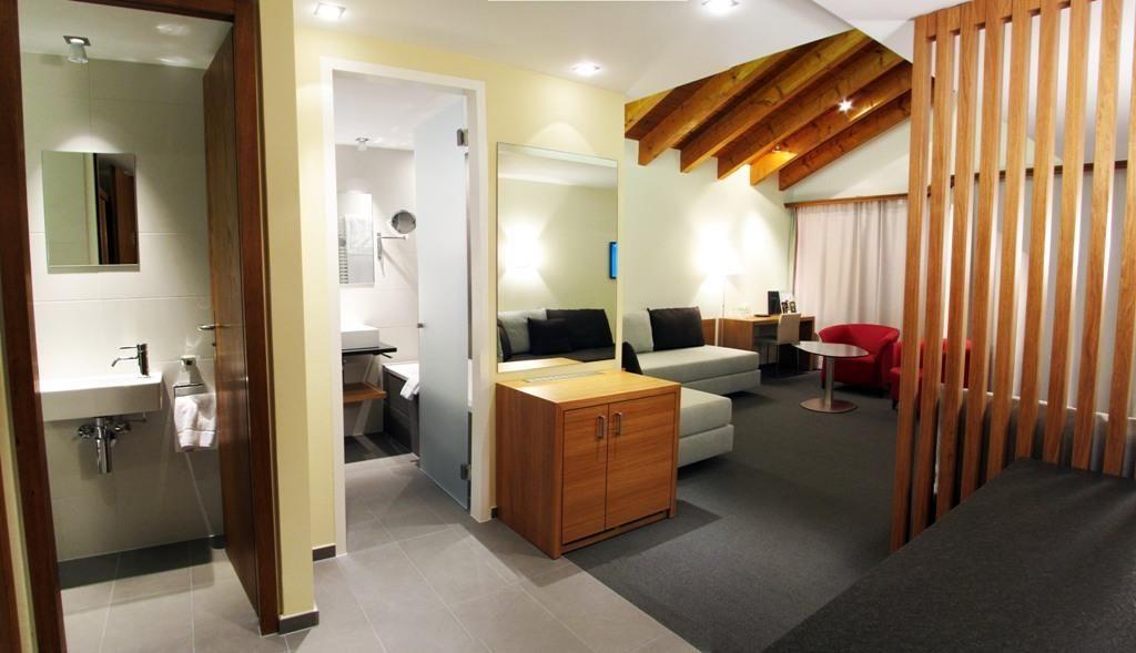 Zimmer (8)
