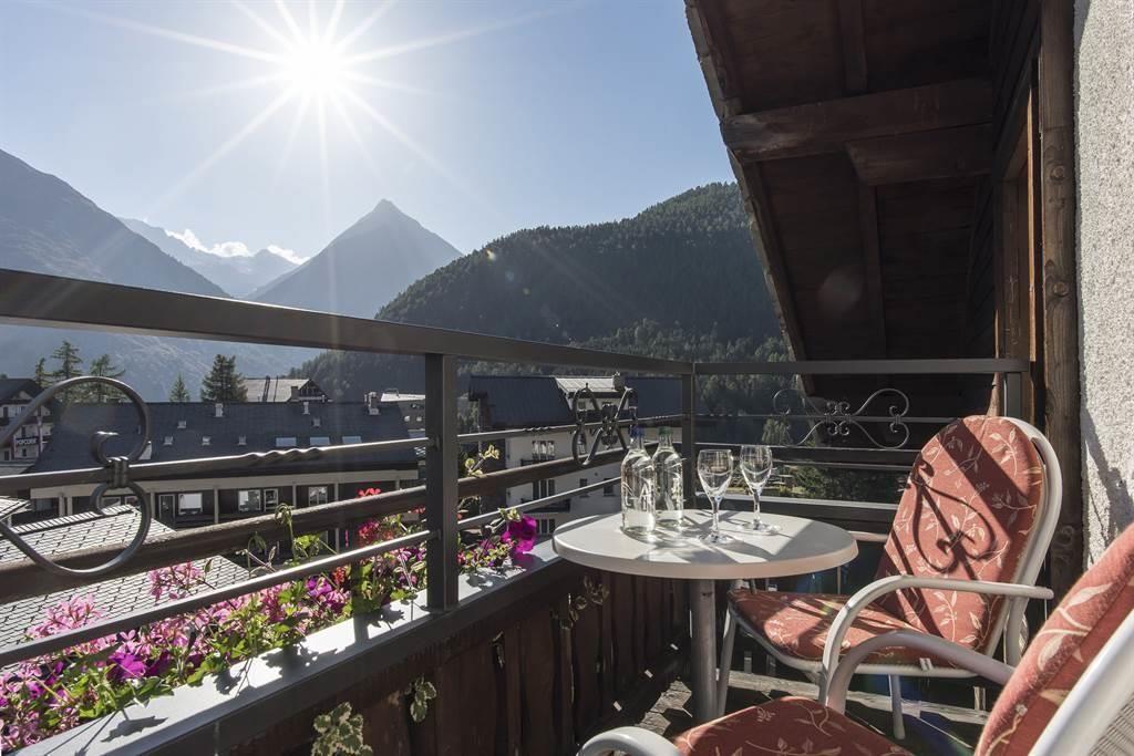 Balkon_Zimmer 8_Sunstar Hotel Saas-Fee Schweiz_s