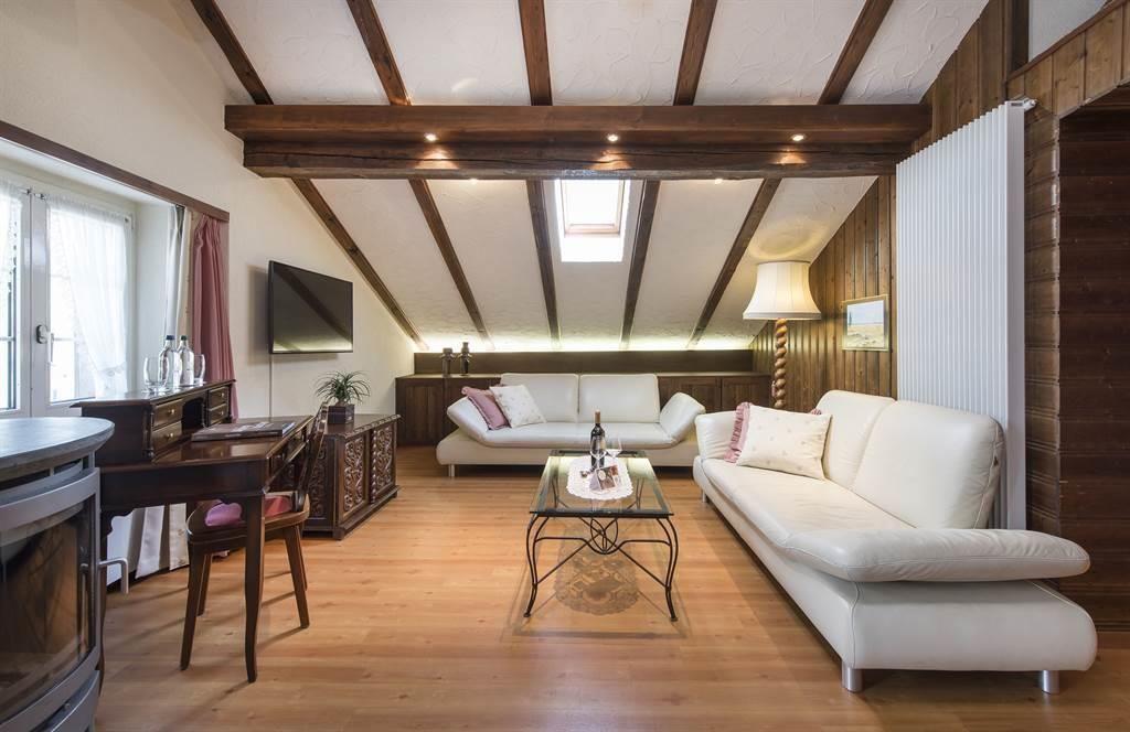 Suite 1_Wohnzimmer 2_Sunstar Hotel Saas-Fee_s