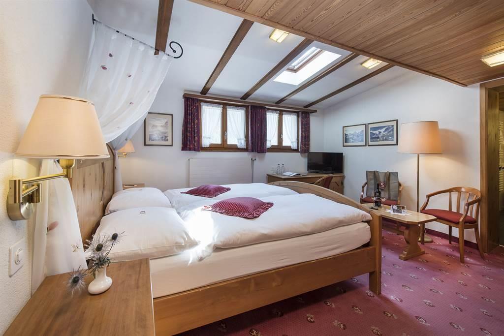 DZ_Komfort 3_Sunstar Hotel Saas-Fee_s