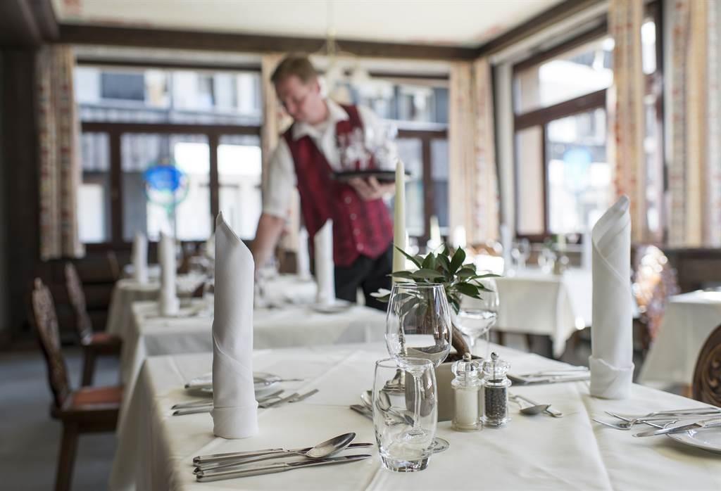 Restaurant_Ambiente 1_Sunstar Hotel Saas-Fee_s