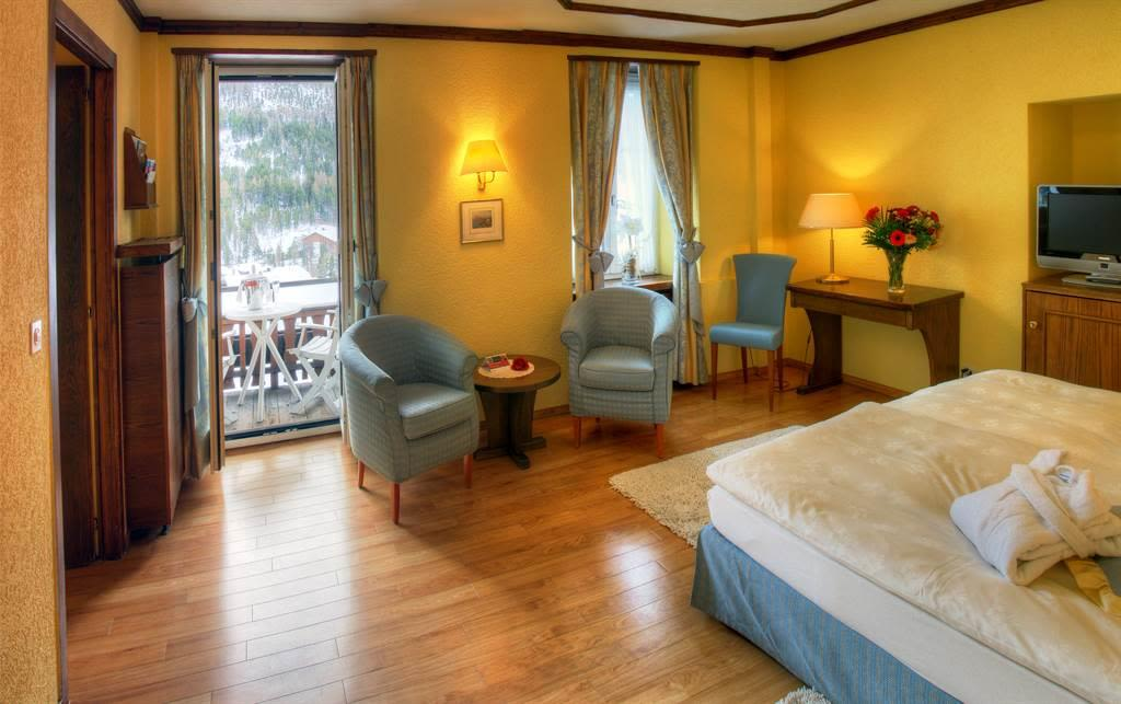 doppelzimmer-superior-sunstar-hotel-saas-fee_Origi