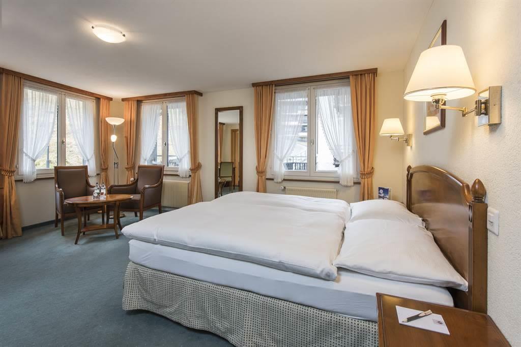 Doppelzimmer Komfort 2_Sunstar Hotel Saas-Fee_Orig