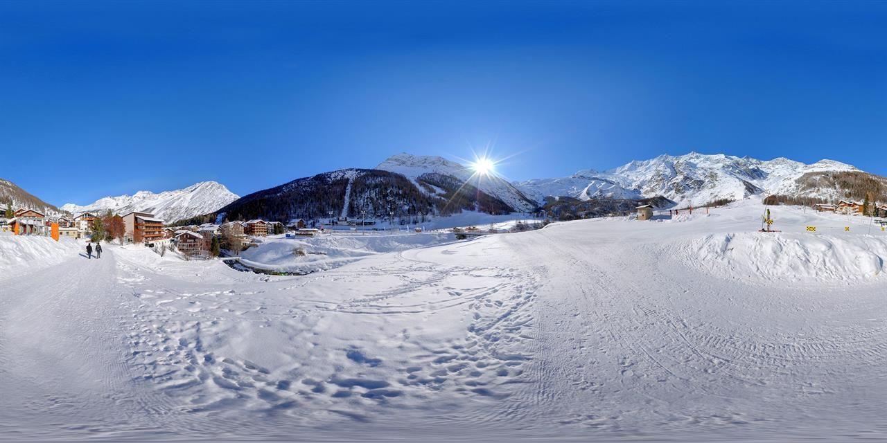 Skifahren bis zum Hotel Bristol