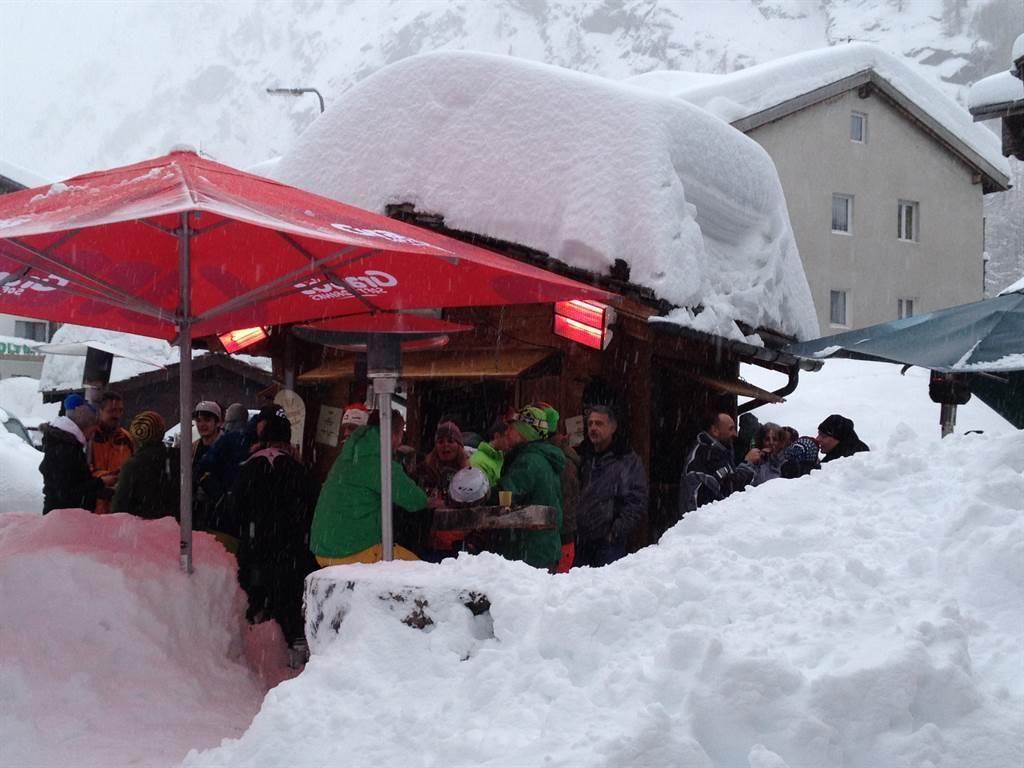 Aprés-Ski-Bar 1